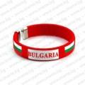 Червена плетена сувенирна гривна с надпис България и знаме
